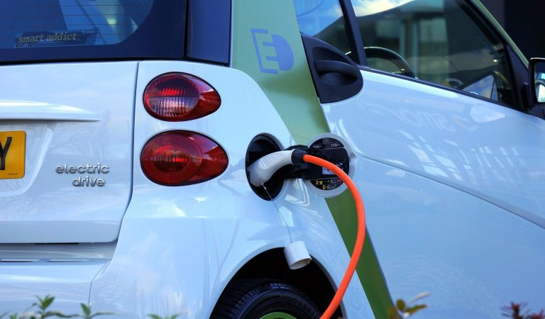 How Will New Builds Advance EVs in the UK?